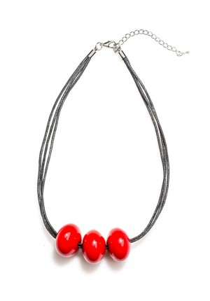 Necklace with red corals