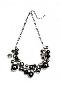 Naszyjnik z czarnymi perełkami