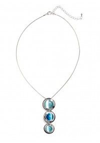Necklace with blue wheels