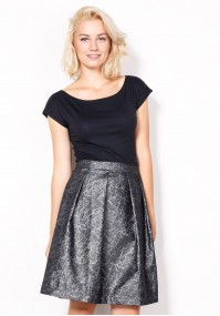 Skirt with a sheen