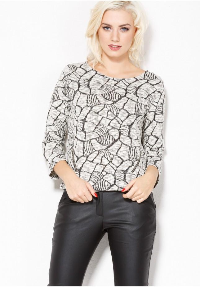 Sweter 8885 (wzór asymetryczny)