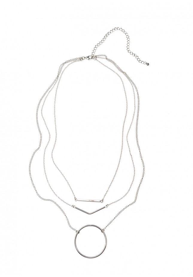 Necklace with a circle