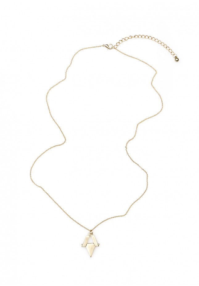 Gold-plated, impressive Necklace with a rhombus pendant.