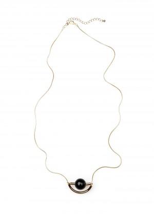 Naszyjnik z czarną zawieszką