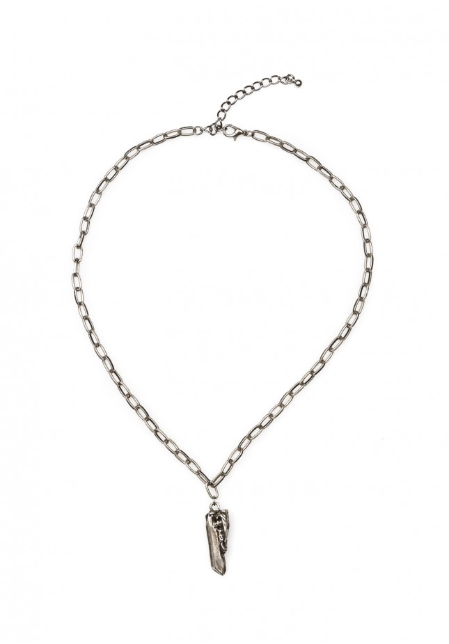 Necklace with a pendant