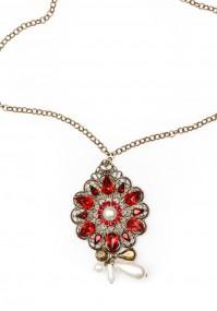 Naszyjnik z czerwonym kwiatem