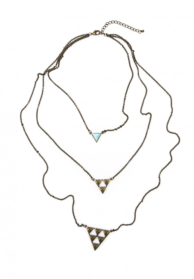 Necklace with triangles