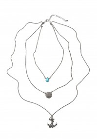 Necklace with an anchor