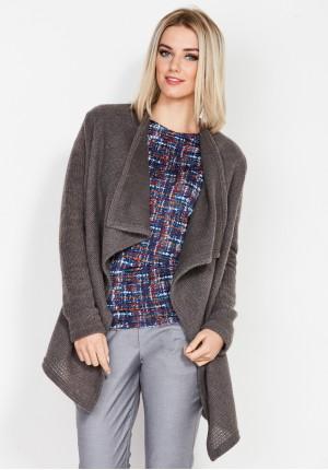 Sweter z luźnymi połami
