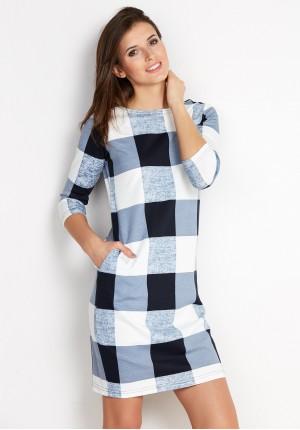 Sukienka w niebieską kratę z kieszeniami