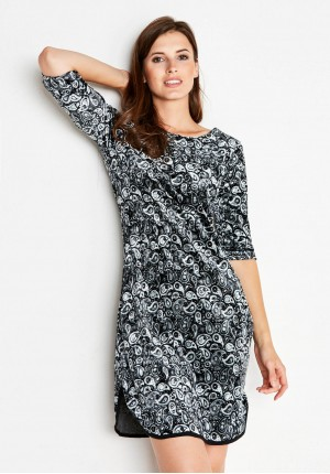 Welurowa Sukienka z rozcięciem