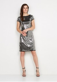 Cekinowa sukienka