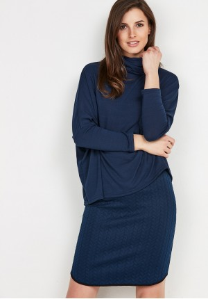 Sweater 8905 (navy blue)