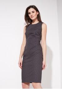 Elegancka dopasowana sukienka
