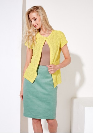 Yellow sweter with button