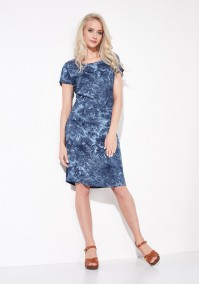 Prosta niebieska sukienka