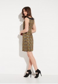 Trapezowa sukienka w żółte kwadraty