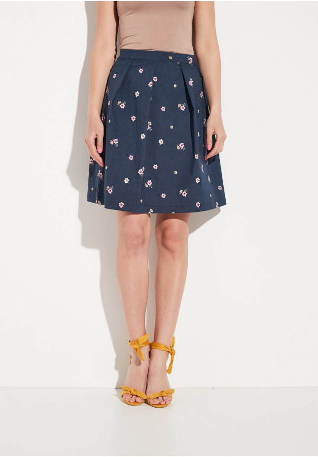 Flowery navy skirt
