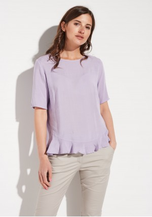 Lilac blouse with a frill