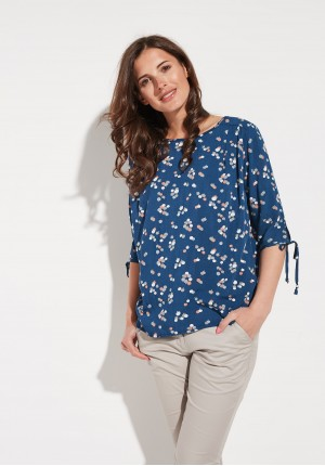 Loose navy bouse