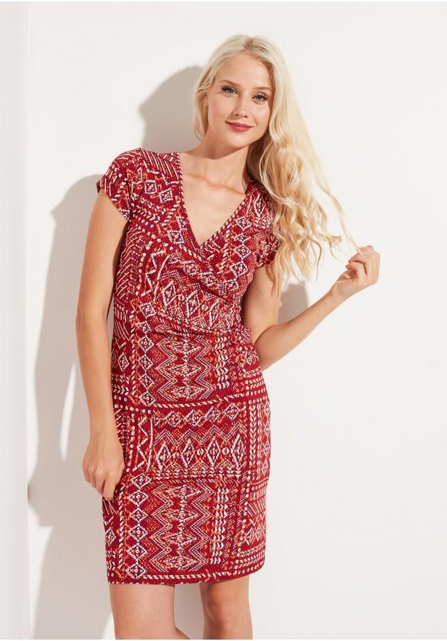 Sukienka z dekoltem kopertowym w etniczne wzory