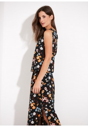 Long flowery dress