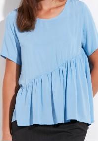 Błękitna letnia bluzka