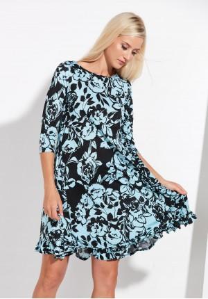 Trapezowa niebieska sukienka z falbanką