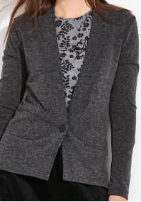 Szary Sweter z jednym guzikiem