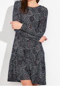 Sukienka w koła z falbaną