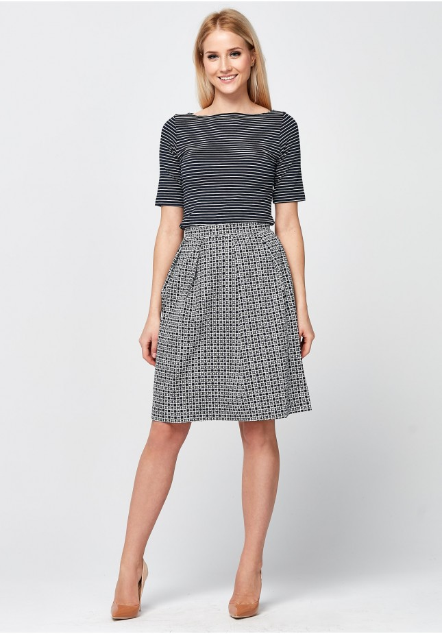 Navy-white Skirt with pleats