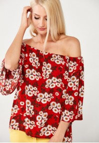 Red Blouse with camomiles