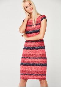 Dzianinowa Sukienka w czerwoną łączkę