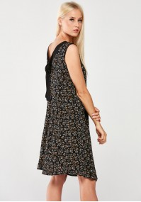 Floral Dress with a binding on the back