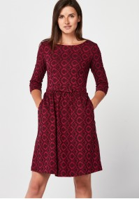 Elegancka bordowa sukienka