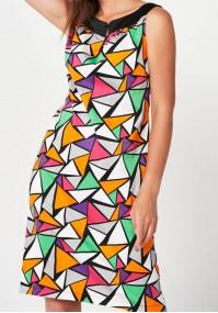 Sukienka w kolorowe trójkąty