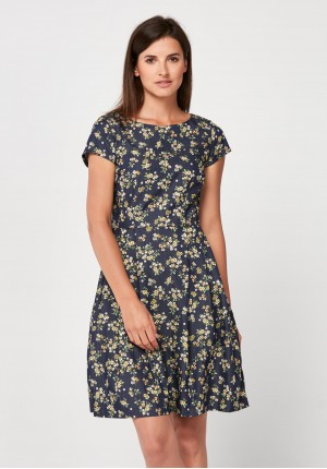 Elegant dress with yellow flowers