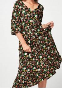 Długa kwiecista sukienka