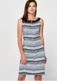 Sukienka w etniczny wzór
