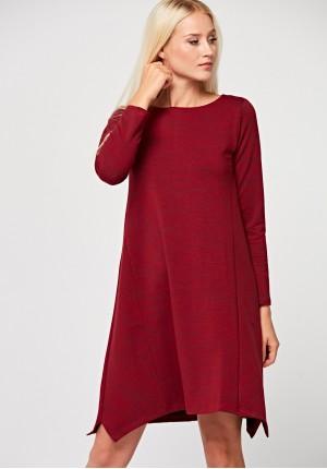 Czerwona trapezowa sukienka