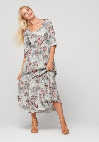 Maxi sukienka odcinana w talii