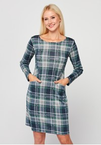 Dopasowana sukienka w kratkę z zielenią