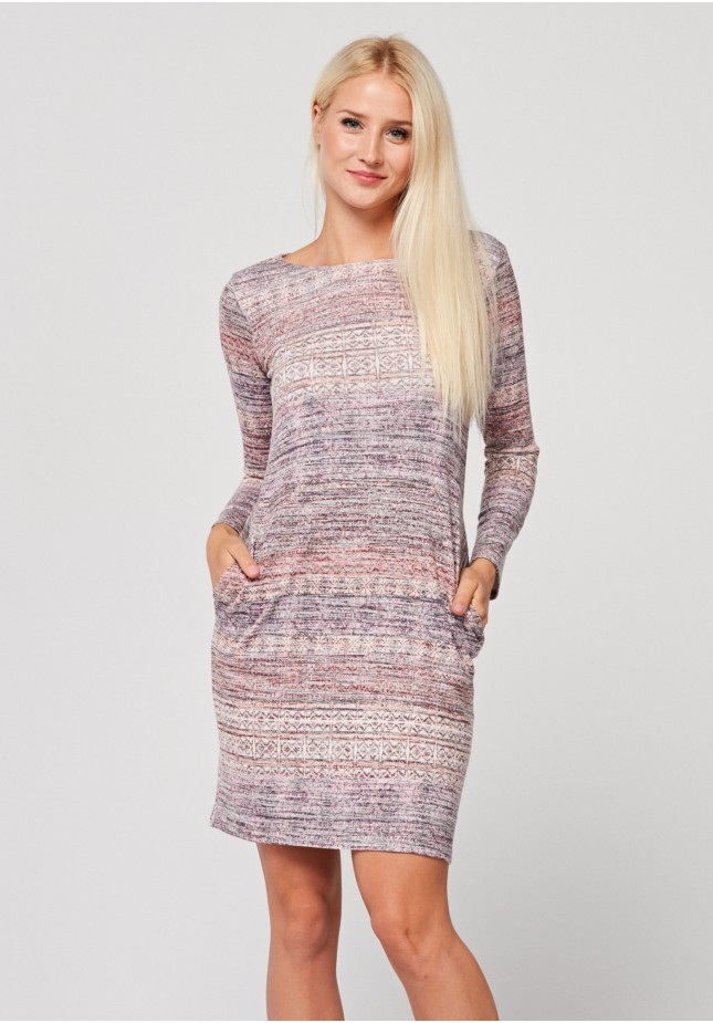 Fitted dress with pink patterns