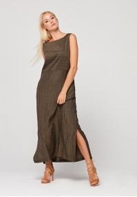 Maxi dress with delicate brown stripes