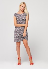 Fitted dress with geometrical pattern