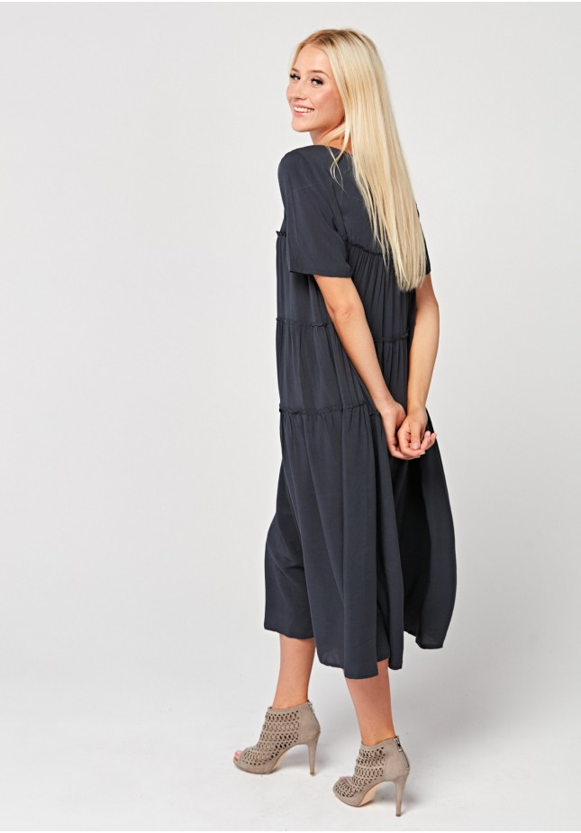 Długa bardzo luźna sukienka