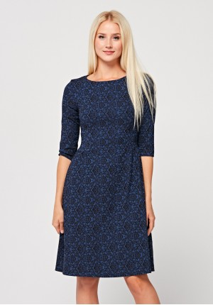 Elegant dress with black pattern