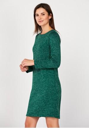 Dopasowana zielona sukienka
