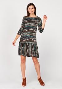 Sukienka z falbaną w beżowo-brązowe wzory