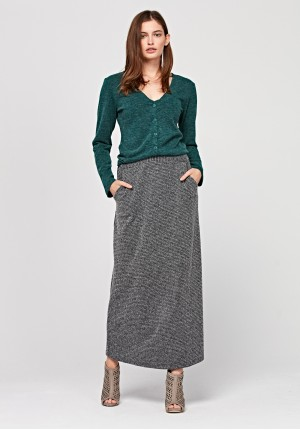 Long knitted skirt